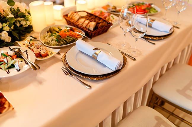Arrumar a mesa para ocasião especial